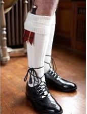 How Should Shoes Be Tied Wearing A Kilt